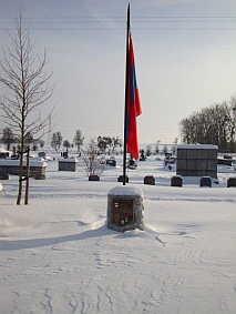 Le monument de Lorette sous la neige, photo Alain Woolf